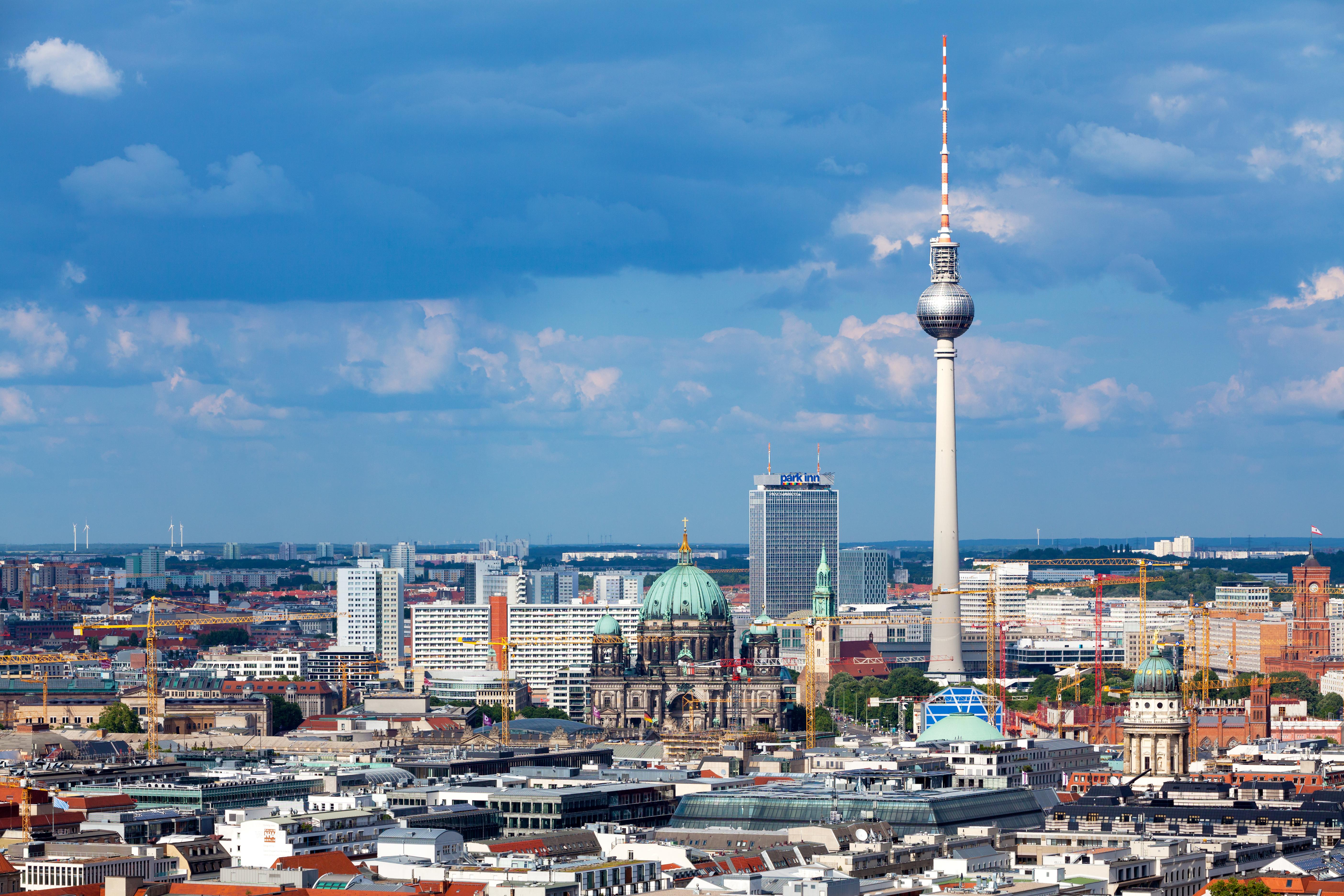 Berlin_Stadtpanorama - Autor Niko - Quelle Adobe Stock 5777306